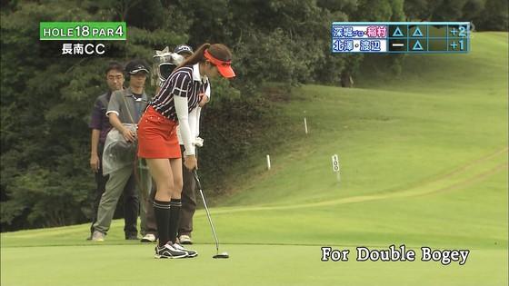 稲村亜美 ゴルフの真髄のムチムチ太もも&お尻キャプ 画像30枚 26