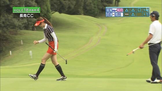 稲村亜美 ゴルフの真髄のムチムチ太もも&お尻キャプ 画像30枚 27