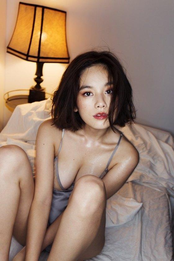 筧美和子 写真集先行Hカップ手ブラセミヌードグラビア 画像29枚 12