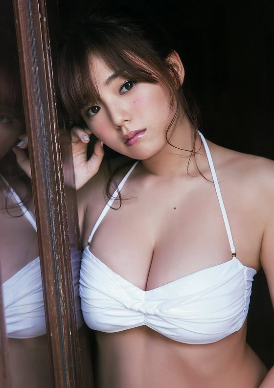 篠崎愛 最新Gカップ爆乳谷間グラビアinヤングアニマル 画像27枚 17