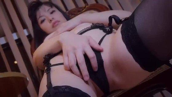 合田柚奈 魅せてあげるのGカップハミ乳&股間食い込みキャプ 画像20枚 16