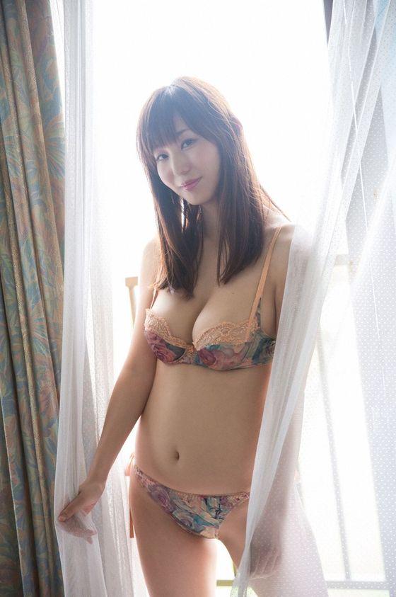 塩地美澄 妄想マンデーのボンデージコスプレGカップ谷間キャプ 画像23枚 16