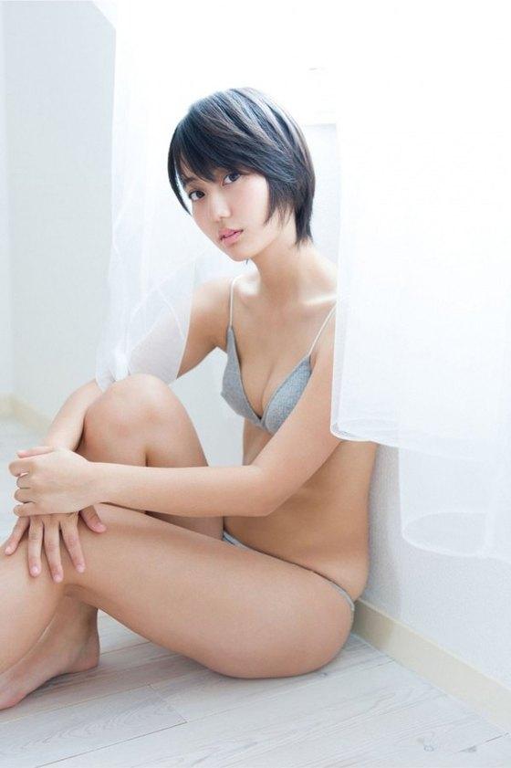 新井愛瞳 週プレの水着姿Bカップ谷間グラビア 画像31枚 5