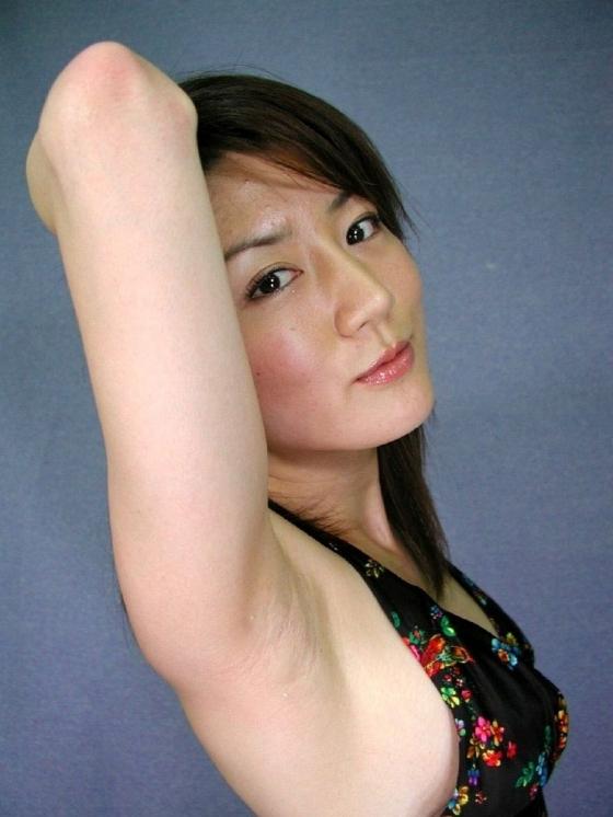 女性芸能人や女子アナが全開で披露してくれた腋 画像27枚 25