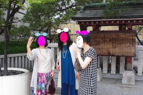 日本橋三越 神社で