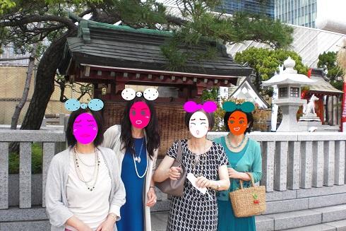 日本橋三越 神社で2