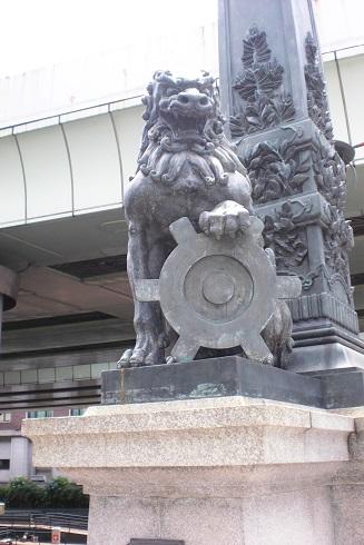 日本橋 獅子