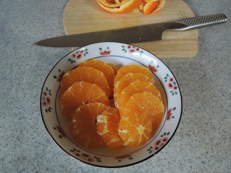 オレンジの皮剥き