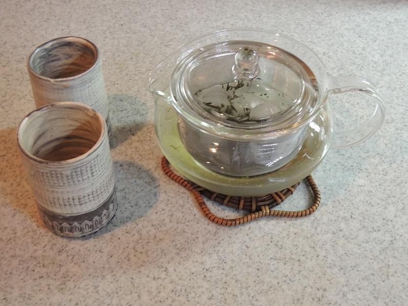 緑茶と氷水