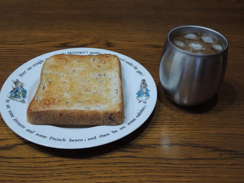 ライ麦パンとシロップ