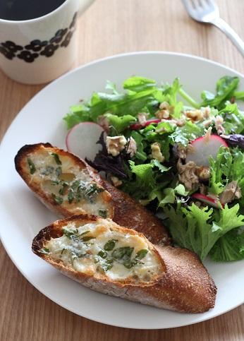木の芽チーズトースト2