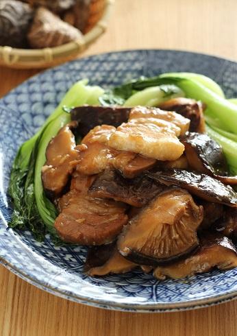 厚切り豚ばらと肉厚しいたけの旨煮1