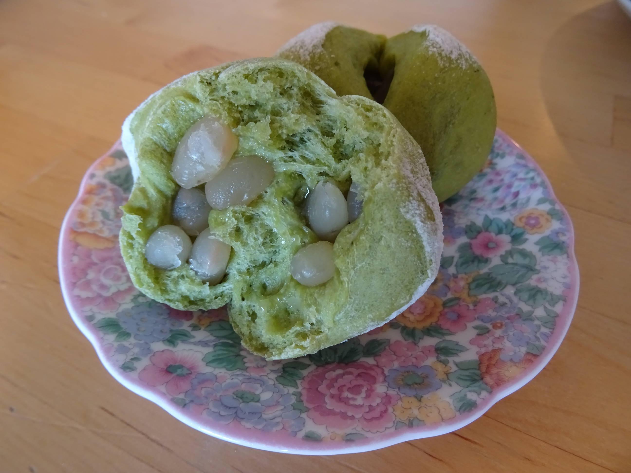 甘納豆の抹茶ぱん3