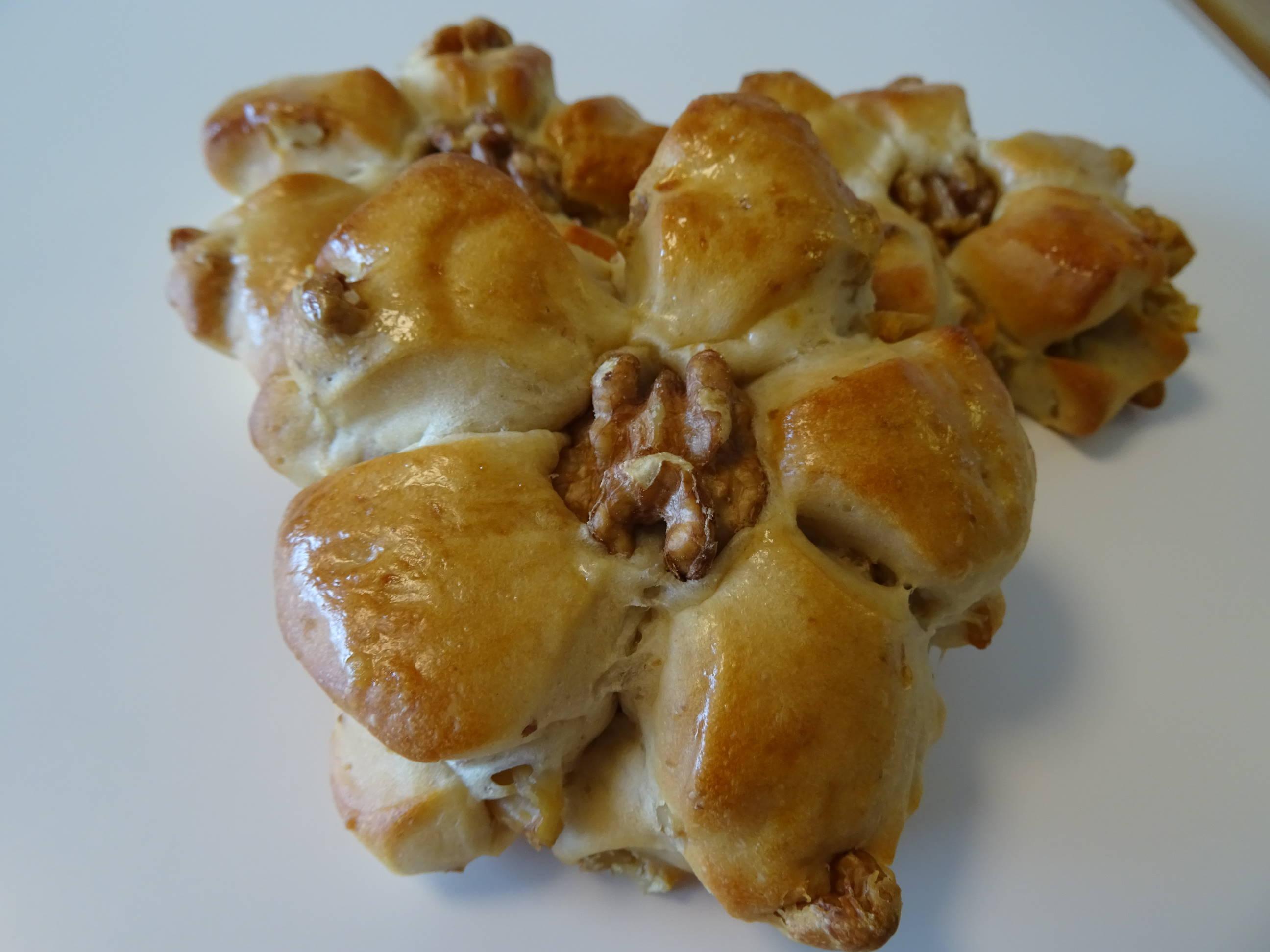 香ばしい胡桃パン1