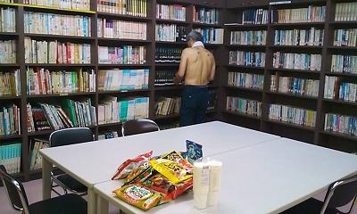 図書室が控室♡