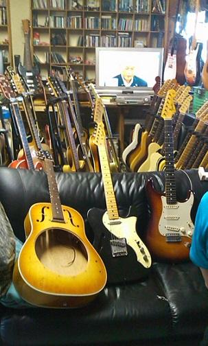 ギターと舛添さん