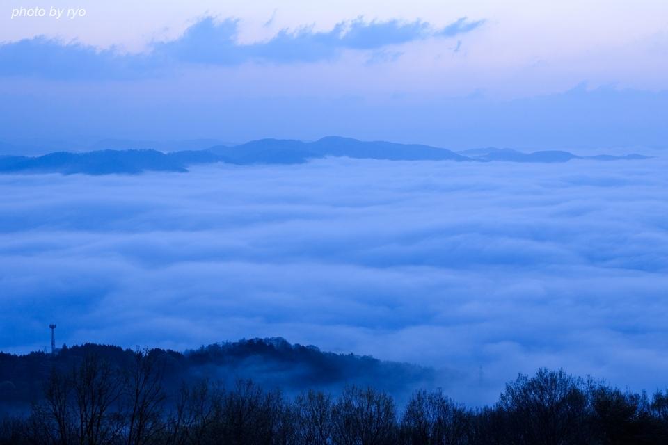雲の上からの日の出_3