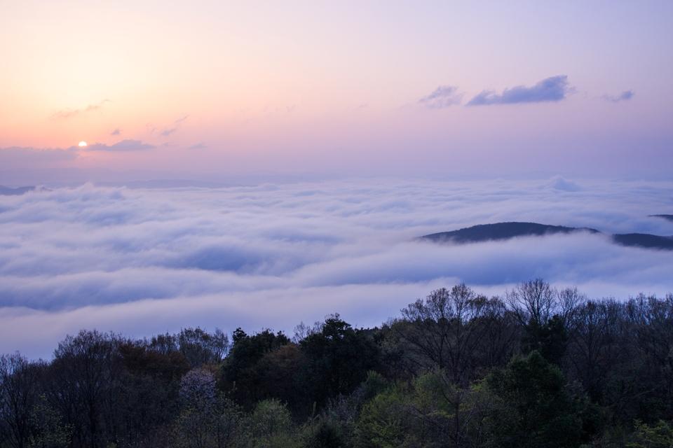 雲の上からの日の出_4