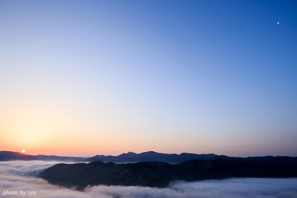 普通な感じの霧の河_6