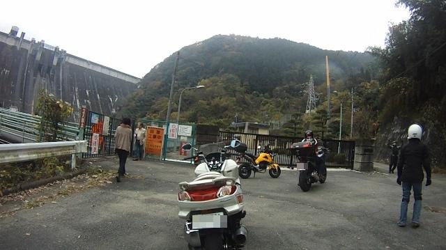 長瀞寒桜ツー30 (640x359)