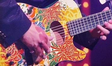 菊柄ギター