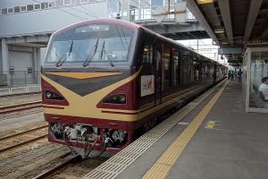 F7308111dsc.jpg