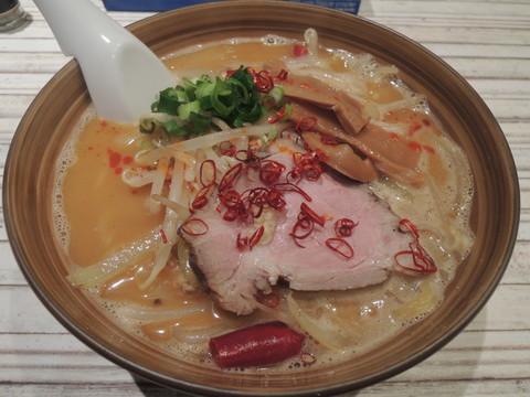 辛い味噌ラーメン(890円)