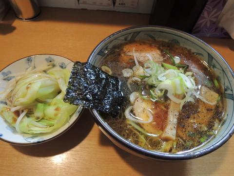 醤油らーめん(630円)