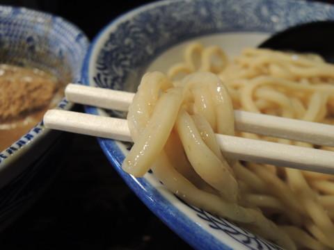 つけめん並(200g)の麺