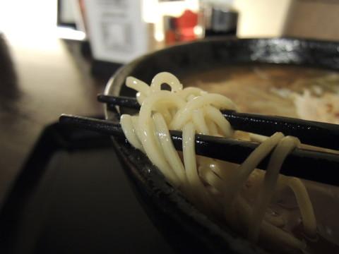 中華そば 小(1玉)の麺