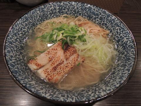 あっさり鶏そば(750円)