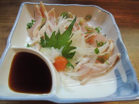 地鶏タタキ(580円)