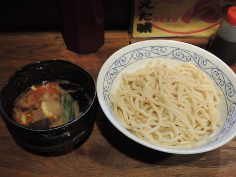 つけ麺(850円)