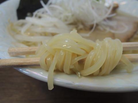 塩(塩らー麺)の麺