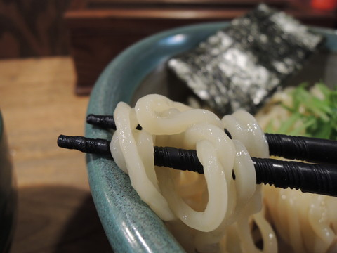 海老つけめん(並盛)の麺
