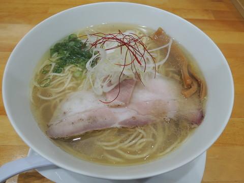 塩らぁめん(680円)