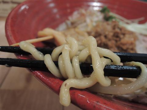 北海道風味噌らーめんの麺