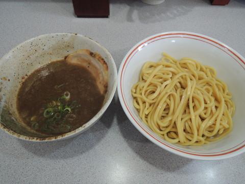 つけ麺(200g)(830円)