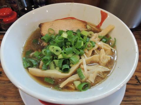 讃岐レトロ醤油ラーメン(太麺)(800円)