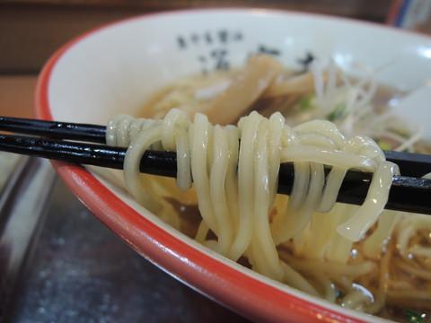 醤油らー麺の麺