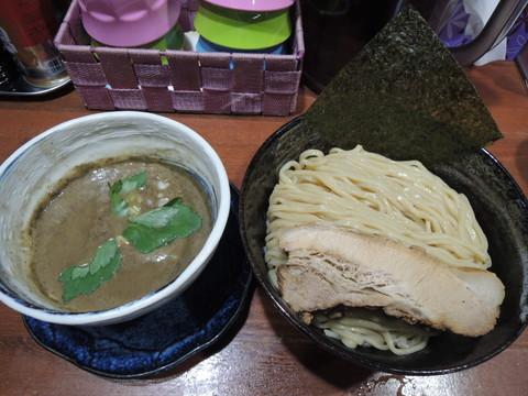 濃厚煮干しつけ麺(大盛)300g(950円)