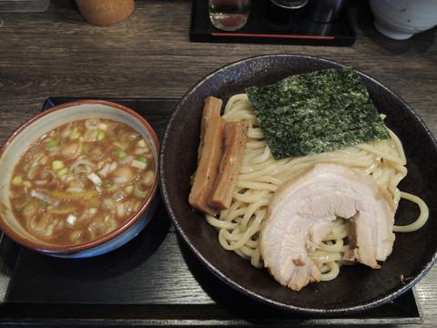 つけ麺(中)300g(850円)