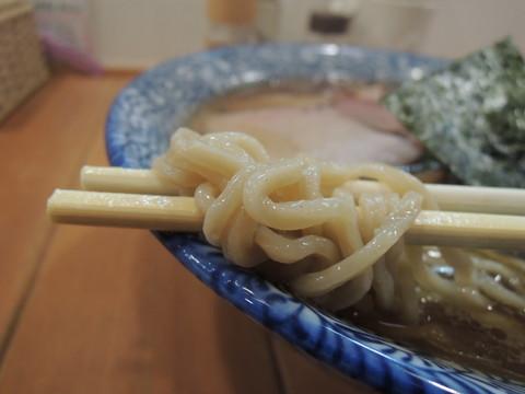 はるゆたからーめん(正油)の麺