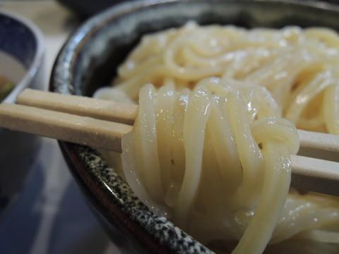 紅ズワイガニ塩つけ麺(400g)の麺
