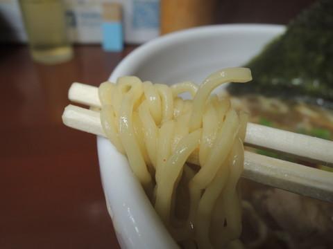 和風鶏がららぁめんの麺