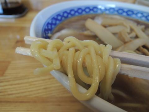 らぁ麺(松)の麺