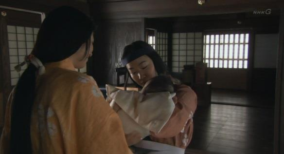 「さあ、すえ~お乳の時間ですよ~」梅 真田丸