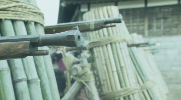 追いかけてきた徳川軍に鉄砲攻撃 真田丸