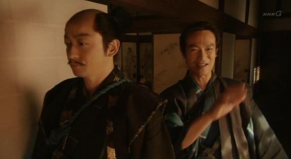 「だとすれば、西国の大名が殿下に呼び出される時も一旦大阪を越えて京に入り、改めて大阪に向かうのですか」真田信繁 真田丸