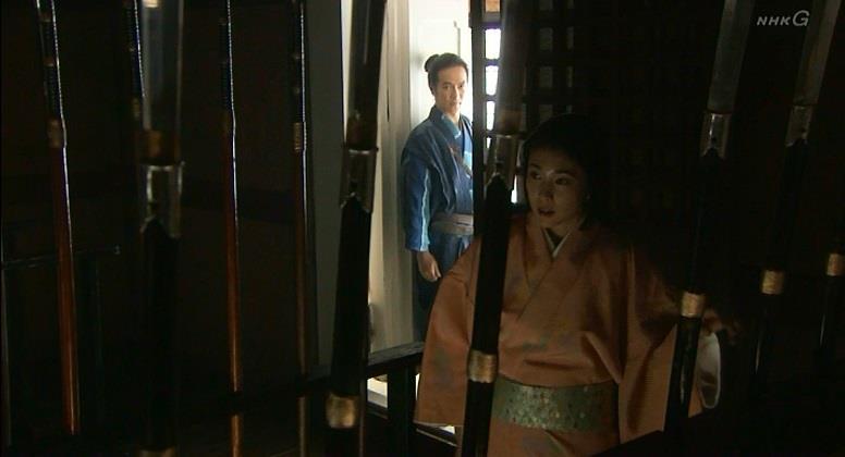 「その後に母が嫁いだ柴田勝家様は、殿下に攻められ、母を 一刀(いっとう)の元に斬り殺した後、お腹を十文字にかき切 ってお果てになりました」茶々 真田丸